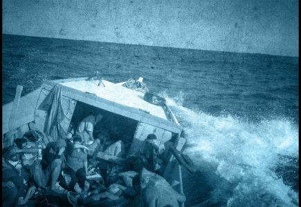 chasing asylum 2016 TzHNEU6knyo